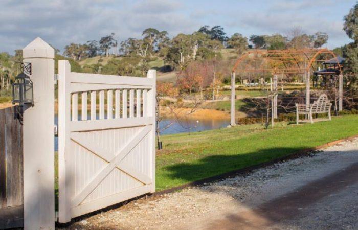 gates at the loft at butlers lane vineyard estate